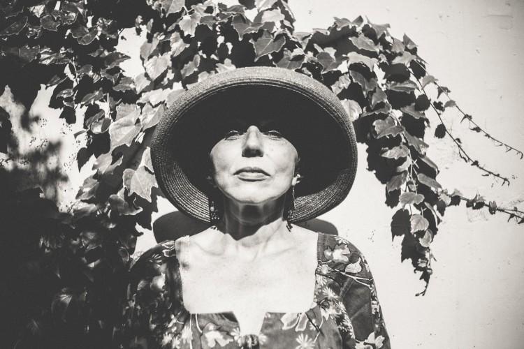 mulher-madura-envelhecimento